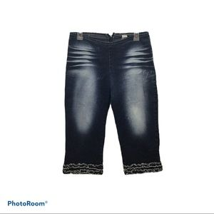 Joy Jeans Ruffle Capris